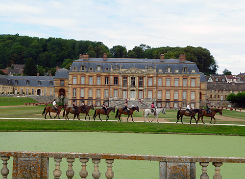 Riding tour to the palace of Versailles