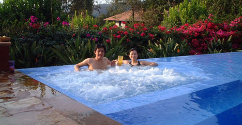 Finca Enyhe Pool in Valle de Bravo
