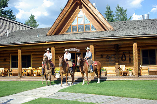 Campbell Hills Guest Ranch BC - Luxury Natural ...
